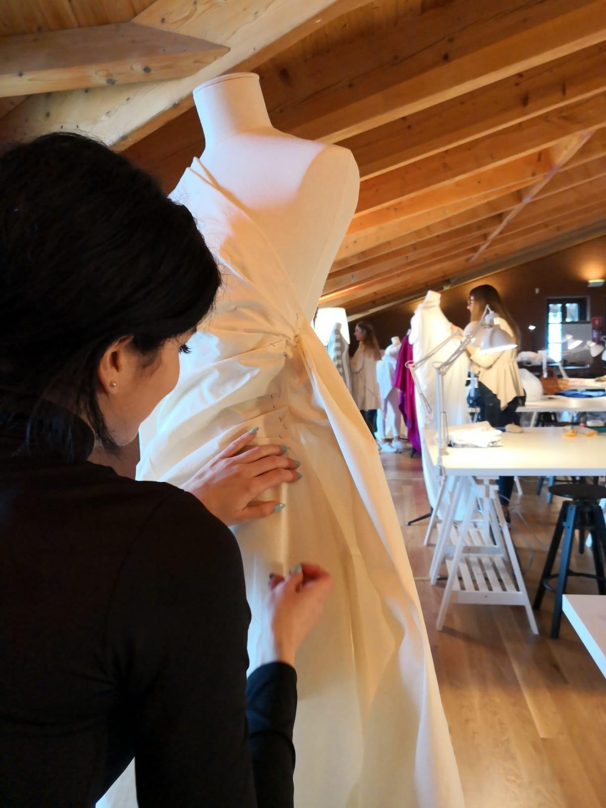 VIAJANDO CON ICMODA: VISITA & WORKSHOP EN EL MUSEO BALENCIAGA